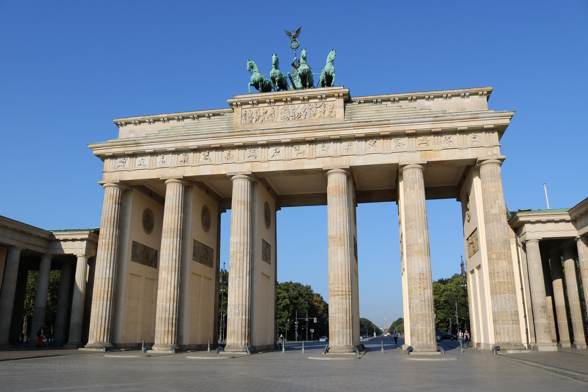 Cheap flights to Berlin