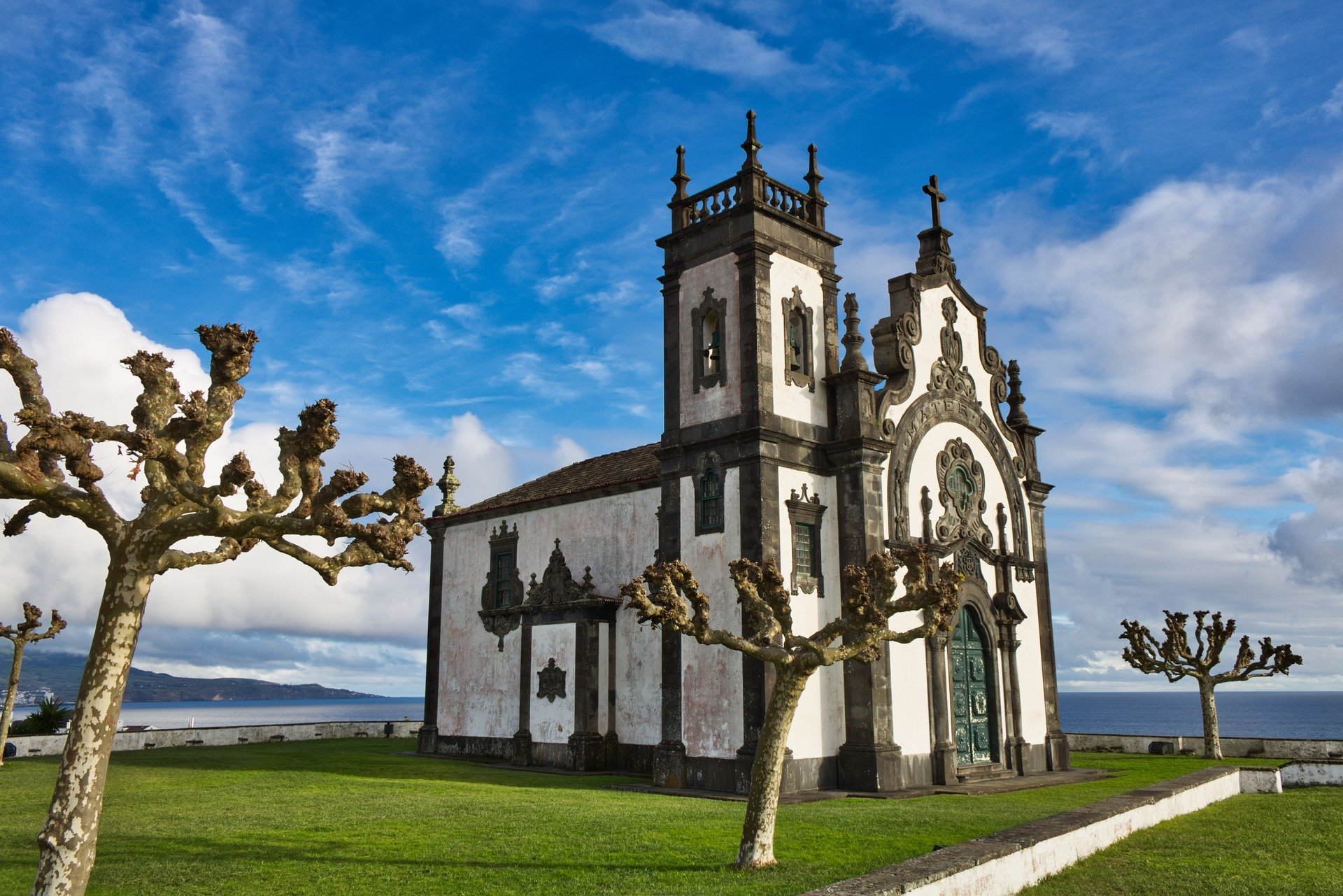 Cheap flights to Ponta Delgada
