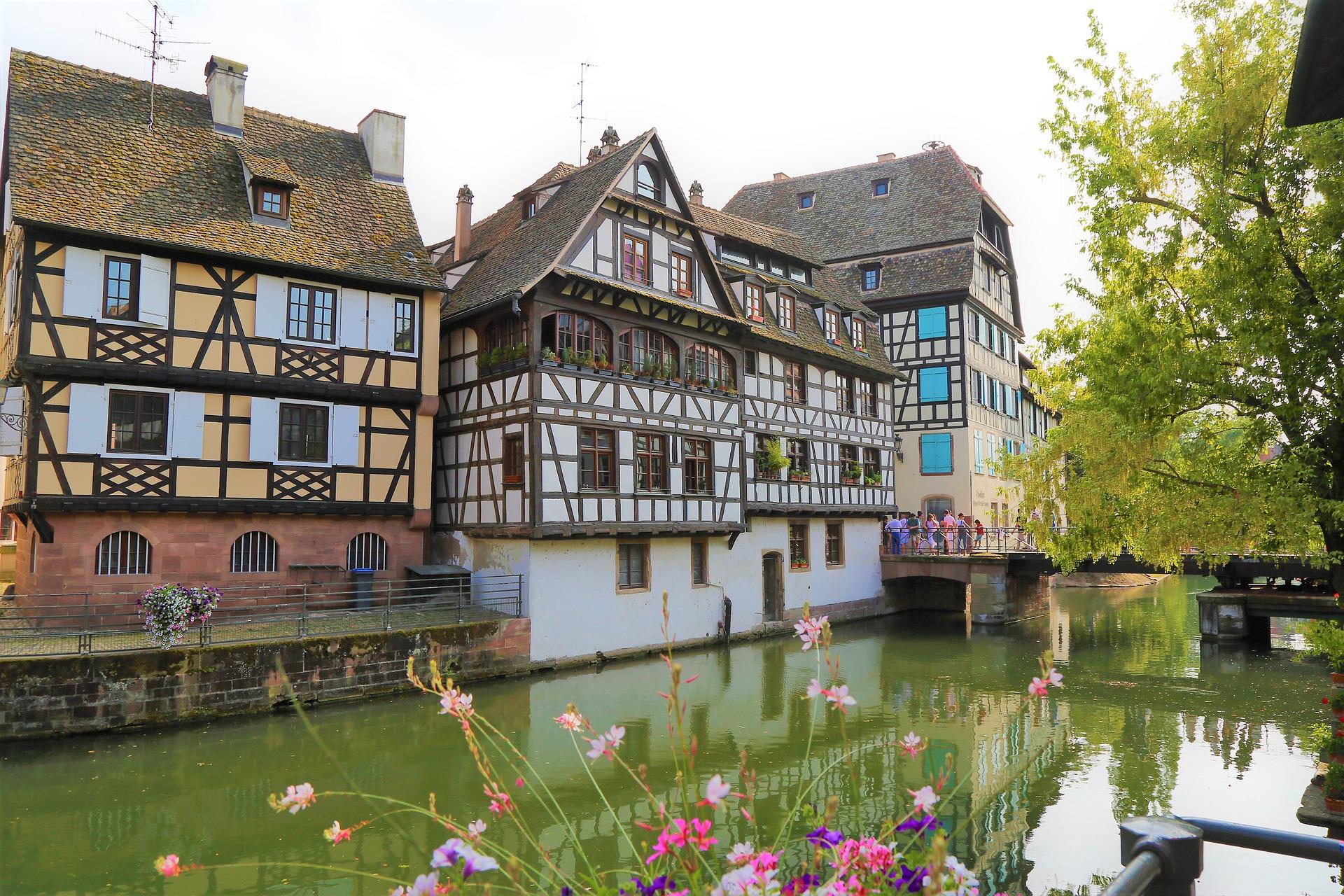 Voos baratos para Estrasburgo